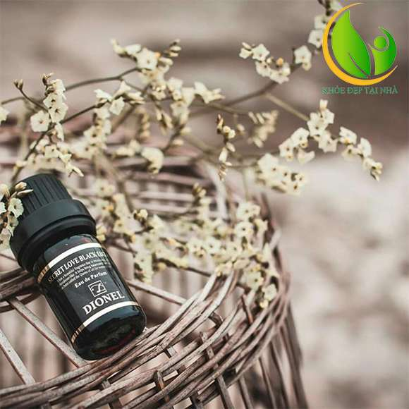 Mùi hương dịu nhẹ lưu hương đến 16 - 18 tiếng