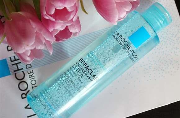 Nước tẩy trang La Roche Posay Water Ultra Oily Skin (màu xanh lá): dành cho da dầu và da mụn.