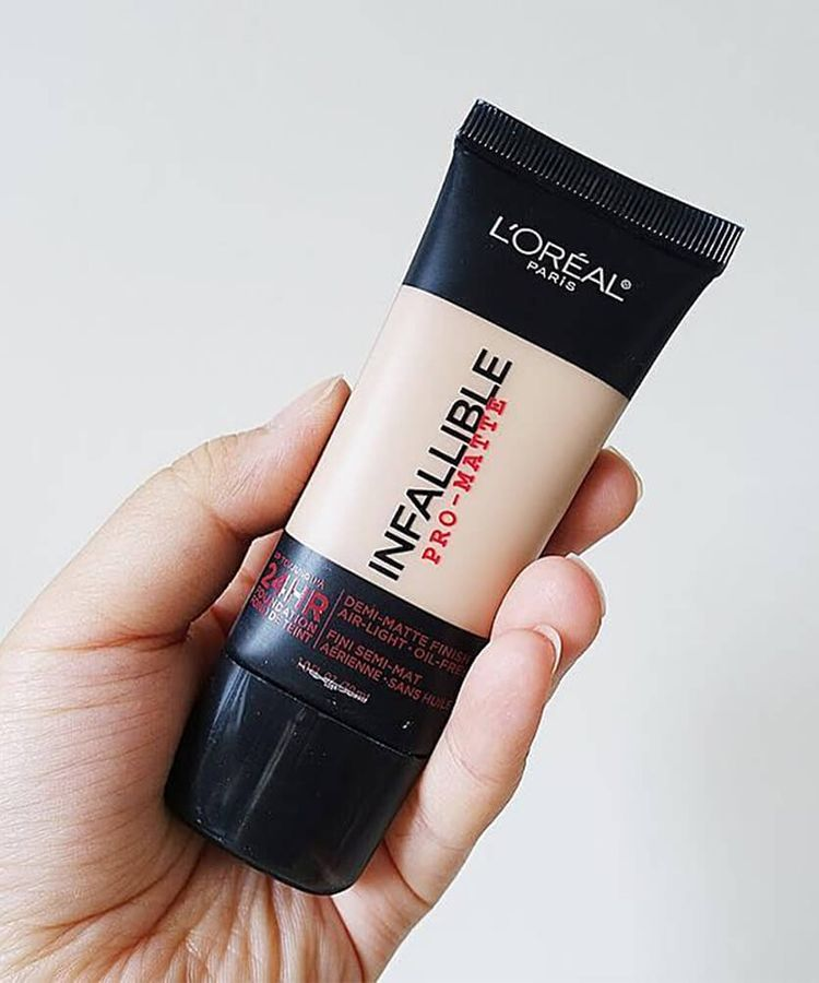 Kem-Nen-L'Oreal-Infallible-ProMatte-24HR-Foundation-3911.jpg